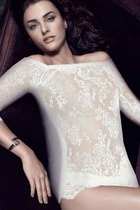 Shirt mit Carmen-Ausschnitt von Escora>Shirt mit Carmen-Ausschnitt